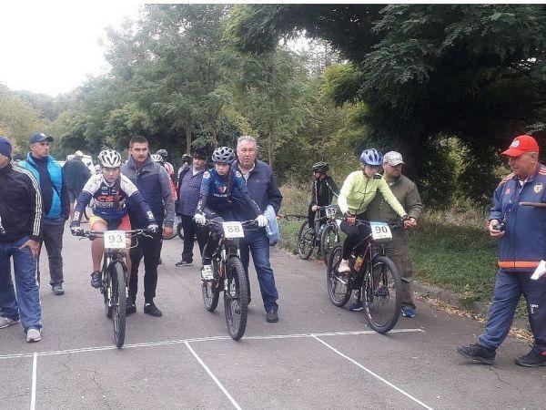 Велосипедистки з Кропивницького вибороли друге місце на чемпіонаті України