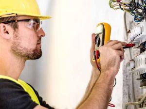 Роботодавці Кіровоградщини потребують електромонтерів