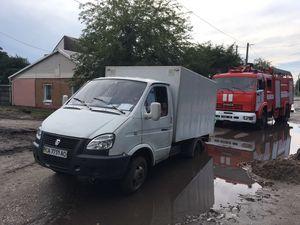 В області рятувальники відбуксовували автівки, що опинились на складних ділянках доріг