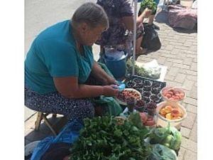 Як у Кропивницькому борються з торгівлею на тротуарах?