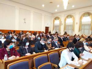 Депутати Кіровоградської обласної ради розпочали засідання