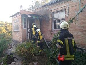 На Кіровоградщині загорялись магазин, покинута будівля і сінник