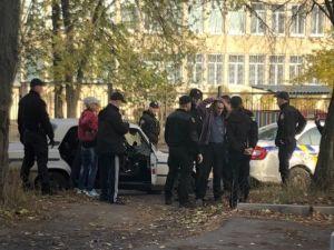 Кропивницький: Біля медколеджу затримали водія авто у стані наркотичного сп'яніння
