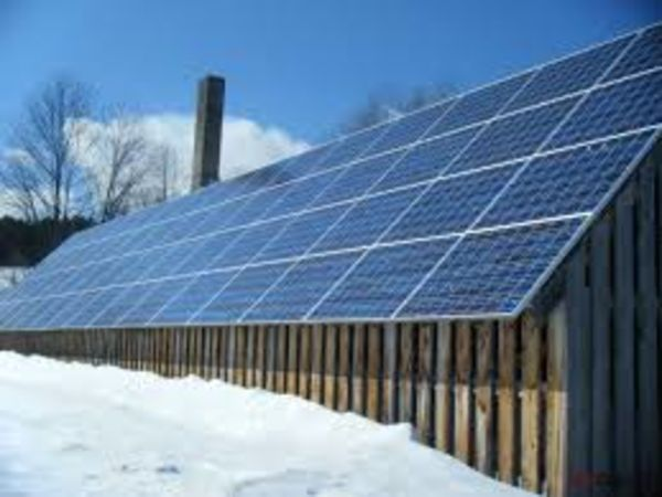 Енергія дахів. Чи перейдуть українці на відновлювальну енергетику?