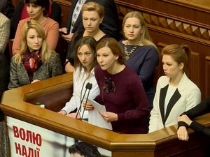 Нарівні з чоловіками. Чи з'явиться в Україні жінка-генерал?