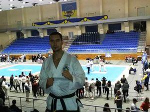 Кропивницький спортсмен-рятувальник здобув «золото» на Кубку України з таеквондо