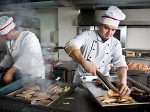 Кухарів Кіровоградщини запрошують підвищити кваліфікацію та вивчитись на «Кухара суднового»