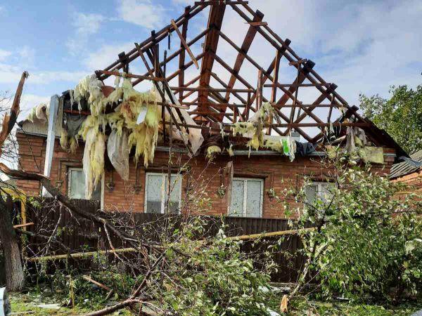 У Кропивницькому негода зруйнувала будинки містян (ФОТО, ВІДЕО)
