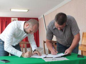 Максим Поляков підписав Меморандум зі Смолінською ОТГ та заявив про  особисті зобов'язання
