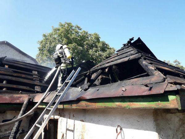 У Вільшанському районі у літній кухні під час пожежі загинула літня жінка