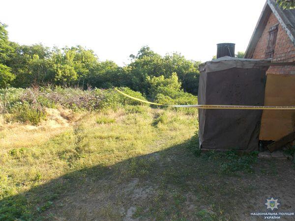 На Кіровоградщині двоє п'яних молодиків під час сварки вбили 36-річну жінку