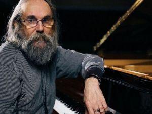 У Кропивницький завітає найдивовижніший композитор сучасності Любомир Мельник