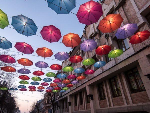 Аллею парящих зонтиков в новом формате презентуют в Кропивницком