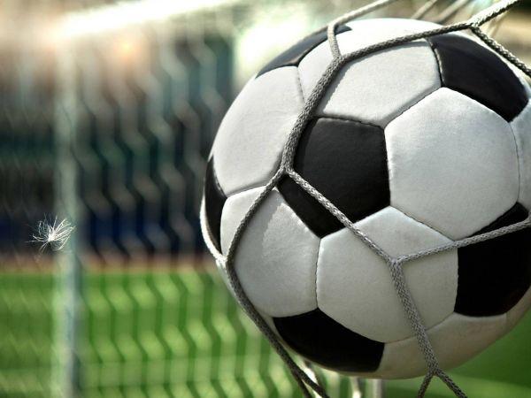 Футбольна афіша на 3-8 березня: що подивитися ввечері
