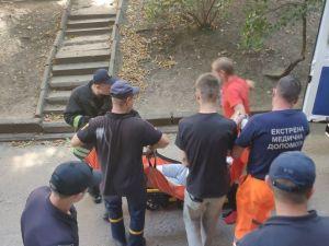 Рятувальники прийшли на допомогу 23-річній дівчині, що була у критичному стані