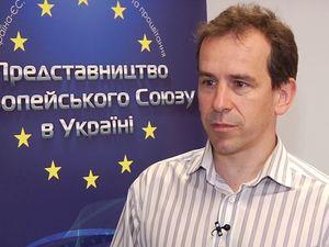 ЄС подовжує економічні санкції проти Росії на півроку