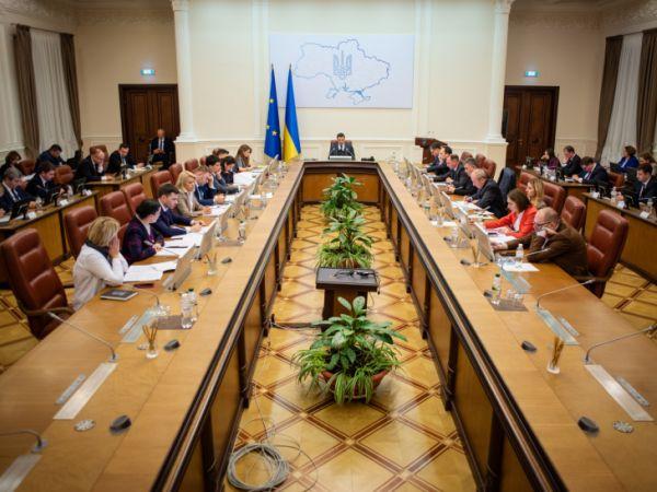 Уряд створив комісію з розслідування причин пожежі в Одесі
