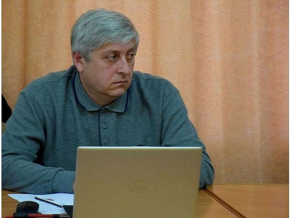 На «Гарячій лінії» міського голови чергуватиме директор КП «Універсал – 2005» Віктор Панішко