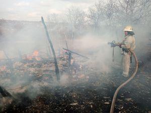 На Кіровоградщині пенсіонерка постраждала від пожежі на власному подвір'ї