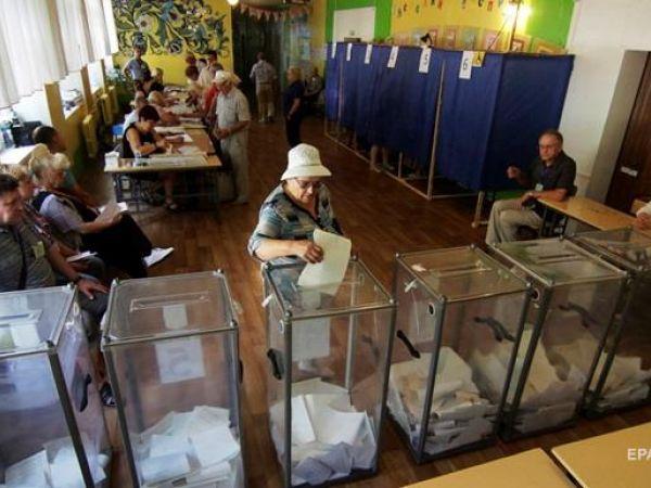 Місцеві вибори: Скільки виборців скористалися можливістю змінити адресу голосування