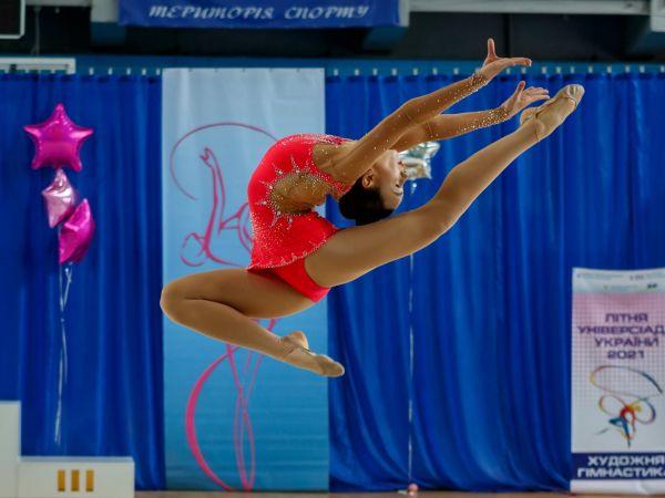 Команда гімнасток педуніверситету посіла І місце серед педагогічних вишів України