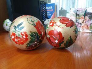 Кропивницький: Як гімназисти розписували ялинкові кульки (ВІДЕО)