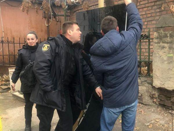 Кропивницька поліція оперативно відшукала елементи конструкції центральної зупинки