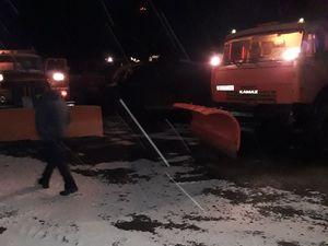 Проїзд дорогами Кіровоградщини забезпечено. Дорожники працювали всю ніч (ФОТО)