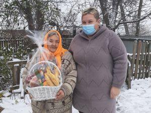 Лісова громада Чорноліського лісгоспу відвідала матір загиблого військового