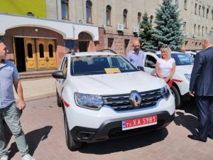 У  Кропивницькому передали 25 службових автомобілів для лікарів (ФОТО)