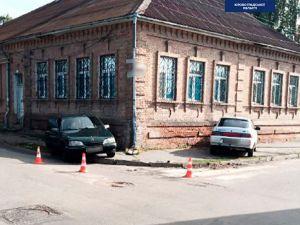 У Кропивницькому на центральній вулиці сталася аварія