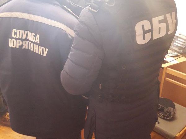 У Кропивницькому затримали на хабарі майора служби цивільного захисту (ФОТО)
