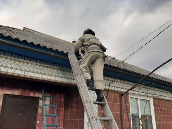 На Кіровоградщині рятувальники долають наслідки негоди
