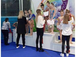 Юні гімнастки з Кропивницького успішно виступили на турнірі у Кривому Розі