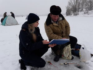 «Стоп! Крига!» – рятувальники Кіровоградщини нагадували рибалкам про безпеку на льоду