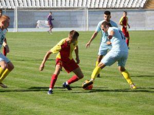 Кропивницькі футболісти з тріумфом програли полтавчанам