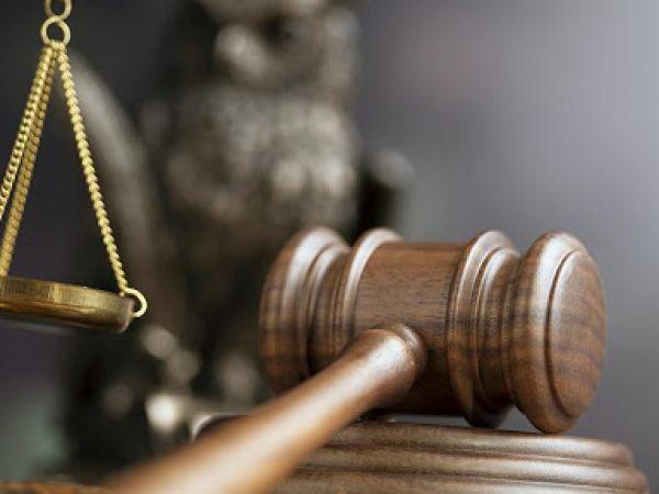У Кропивницькому судитимуть жінку, яка лишила немовля на підвіконні
