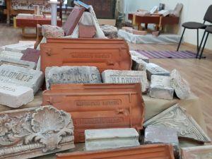 У Кропивницькому можна безкоштовно переглянути унікальну виставку старовинної цегли (ФОТО, ВІДЕО)