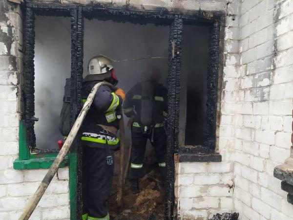 На Кіровоградщині під час пожежі загинула сім'я з дітьми (ФОТО)