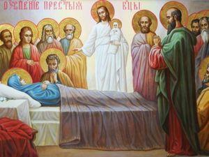 В храме Пресвятой Богородицы отслужили праздничную литургию  в честь Богородицы (ВИДЕО)