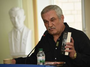 У Кропивницькому Василь Шкляр презентує свою нову книгу «Хаpактеpник»