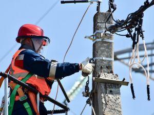 Підприємства Кіровоградщини потребують електромонтерів