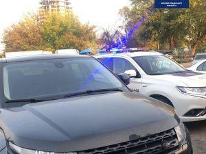 У Кропивницькому патрульні зупинили авто-двійник