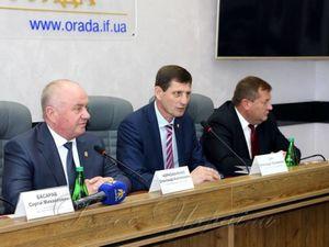 Кіровоградщина підписала договір про міжрегіональну співпрацю з Прикарпаттям