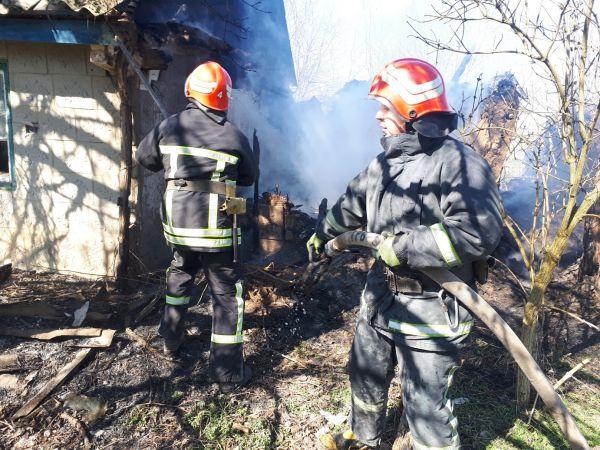 Кіровоградська область: У Малій Висці чоловік отримав опіки під час пожежі