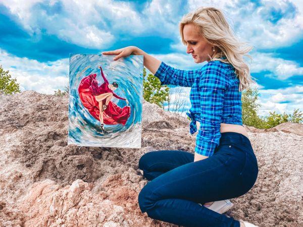 Кропивницька художниця розпродає картини заради порятунку свого батька