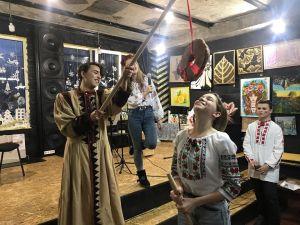 Ворожіння, січові забавки та благодійний концерт: як у KropHub святкували Андріївські вечорниці (ФОТО, ВІДЕО)