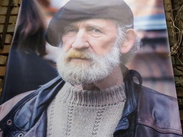 Кропивницький: Громада попрощалася з визнаним скульптором нашого міста (ФОТО)