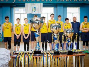 Кропивницькі баскетболісти вибороли першість на чемпіонаті Всеукраїнської юнацької баскетбольної ліги