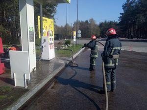 У Кропивницькому рятувальники запобігли пожежі на автозаправці